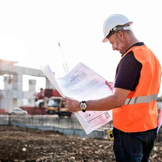 construction-man-min
