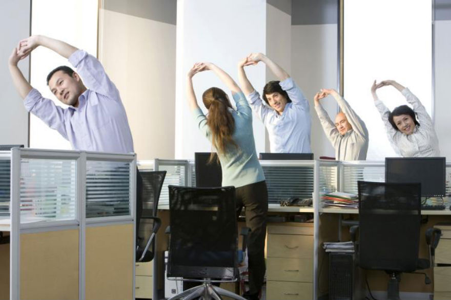 Read more about the article Benefits to Adding Stretching Routine in the Office
